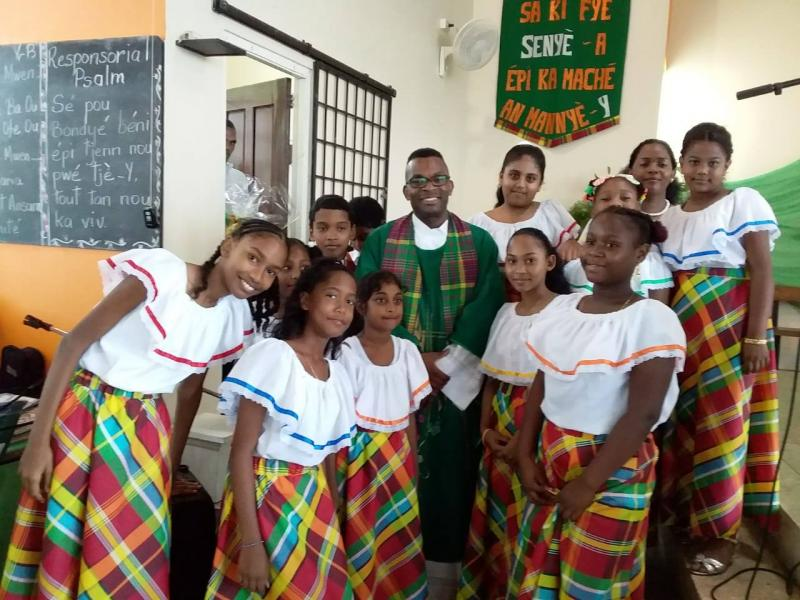 Kréyol Latwinité (Trinidad) ka tjenbé labriz