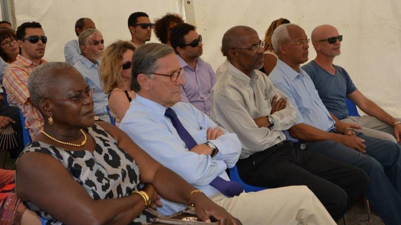 Le Béké Bernard Hayot se permet d'insulter les élus du peuple martiniquais