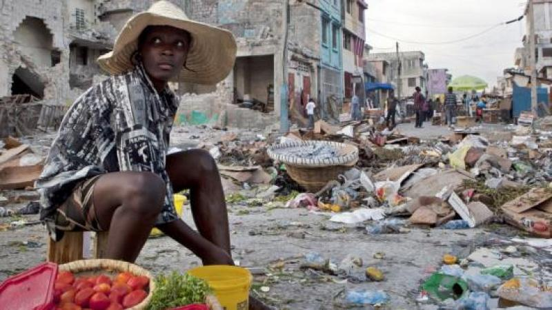 L'extrême sous-développement du pays et sa pauvreté endémique ont des causes structurelles