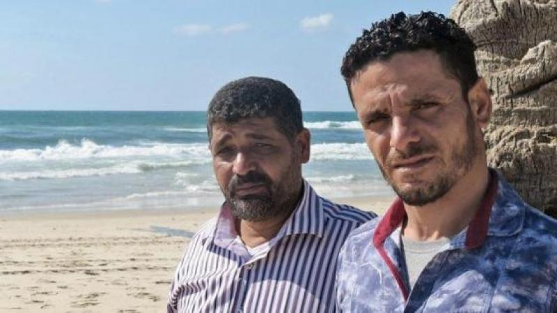 ILS RISQUENT LEUR VIE EN PÊCHANT AU LARGE DE GAZA