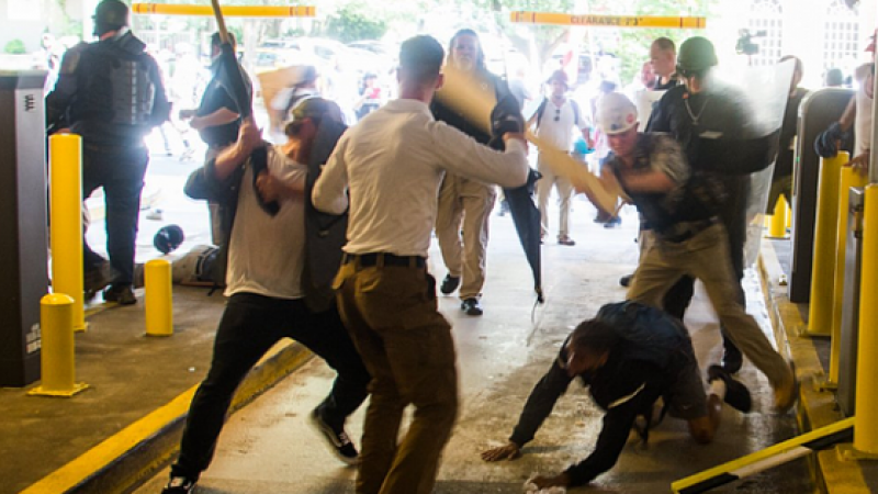 Black man brutally beaten by white supremacists with poles during Charlottesville clash