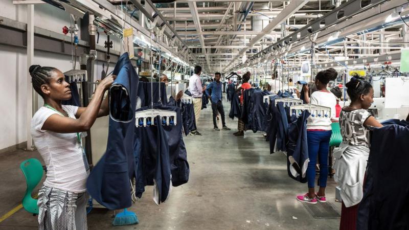En Ethiopie, 23 euros par mois pour confectionner des vêtements Calvin Klein