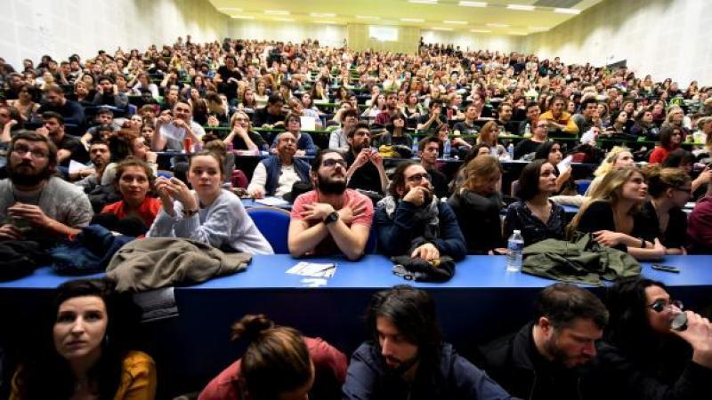 Toulouse : des étudiants grévistes hébergent des demandeurs d'asile à la fac