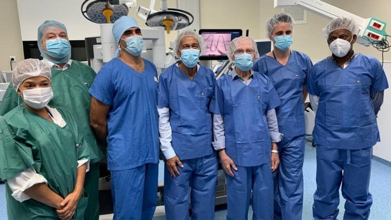 Un robot chirurgical au Centre Hospitalier Universitaire