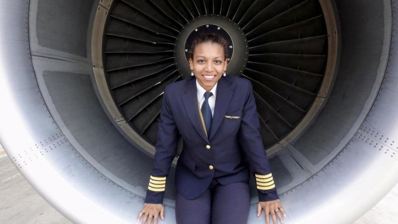 Qatar: Vanessa Umba, la pilote congolaise qui excelle au Moyen-Orient
