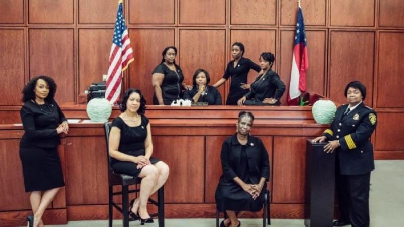 Coup d'œil sur la seule ville des États-Unis où des femmes afro-américaines dirigent le système de justice