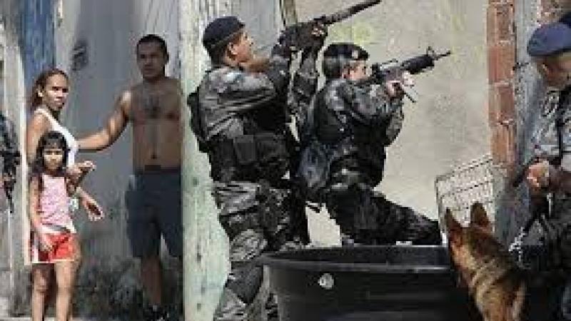 Les violences policières au Brésil, « ce sont les Etats-Unis puissance 10 »