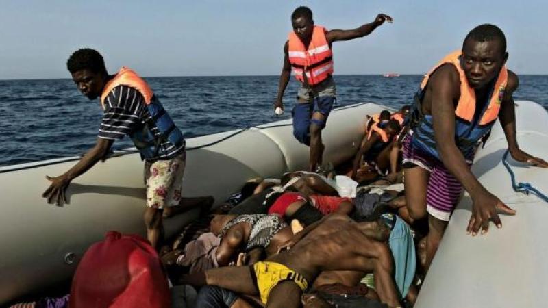 PENDANT CE TEMPS, DES CENTAINES DE MIGRANTS AFRICAINS ONT CONTINUE A SE NOYER EN MEDITERRANEE...