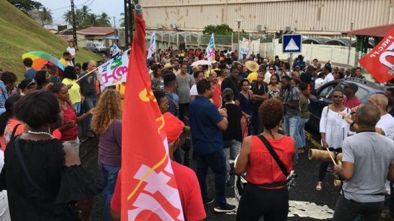 Communiqué du SNUEP FSU Martinique : BLANQUER ATTISE LE FEU DE LA COLÈRE