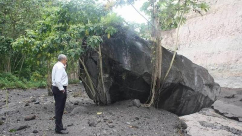 Prêcheur : le rocher qui est tombé depuis...2010