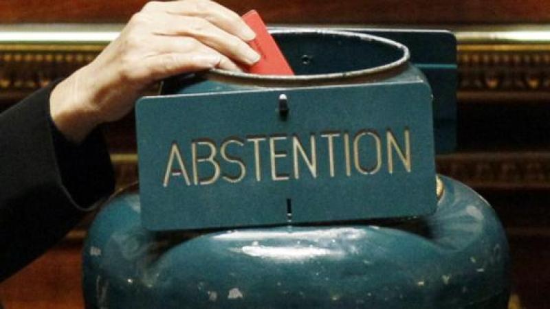 Réflexions sur l'abstention Ici et Là-bas