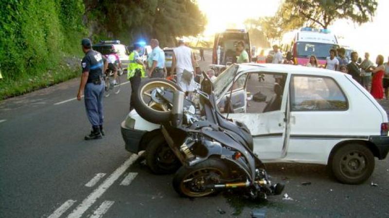 Le comportement suicidaire des jeunes motards martiniquais