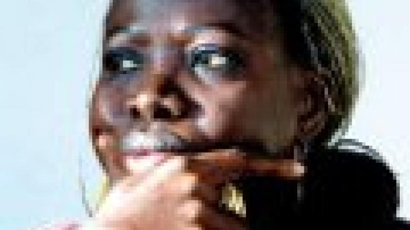 KEN BUGUL, ECRIVAIN : «JE ME DONNAIS AUX HOMMES PAR BESOIN D'AFFECTION»
