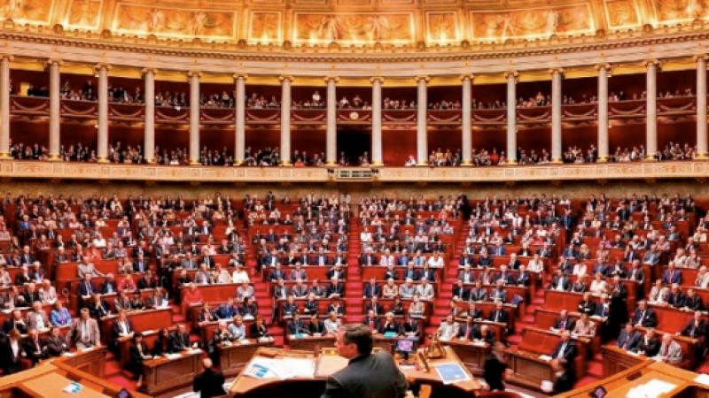 La réserve parlementaire, instrument légal du clientélisme politique