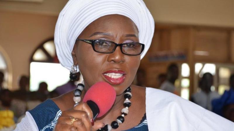 La première dame de l'État d'Ondo exhorte les Nigérians à investir dans la science plutôt que dans la religion