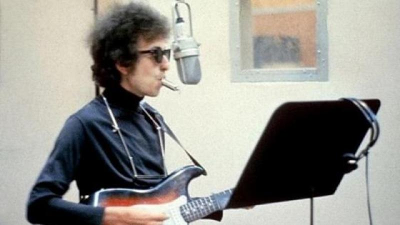 A WORLD THAT GIVES BOB DYLAN A NOBEL PRIZE IS A WORLD THAT NOMINATES TRUMP FOR PRESIDENT