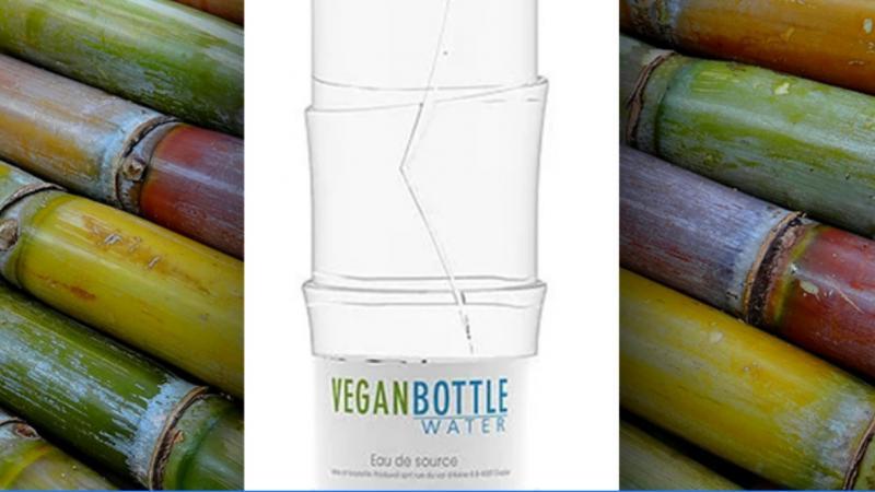 Une bouteille biodégradable fabriquée à partir de canne à sucre