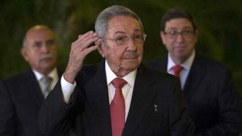 CASTRO LLAMA A QUE PUERTO RICO ENTRE A LA AEC