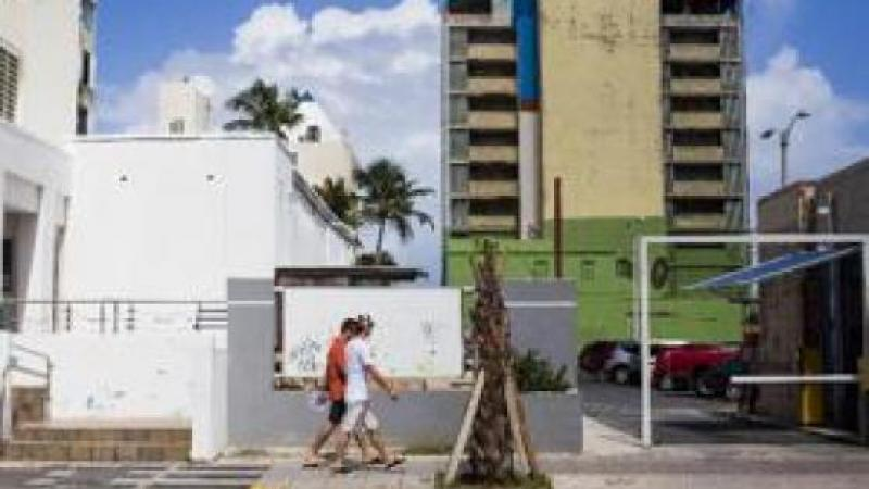 PUERTO RICANS FLOCK TO US MAINLAND AS ISLAND CRISIS WORSENS
