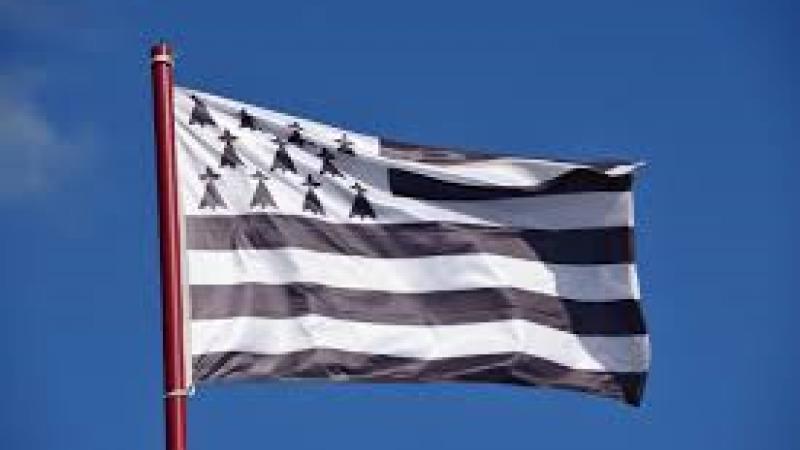 La Région Bretagne met 8 millions d'euros sur la table pour le breton