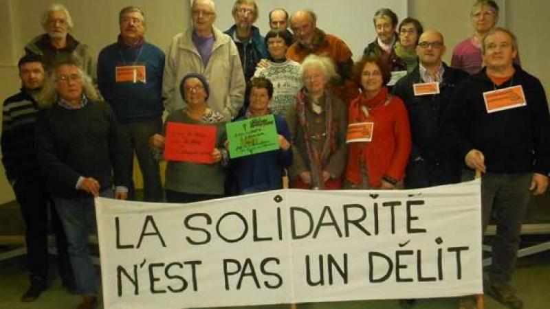 """Ils se déclarent """"délinquants solidaires"""""""