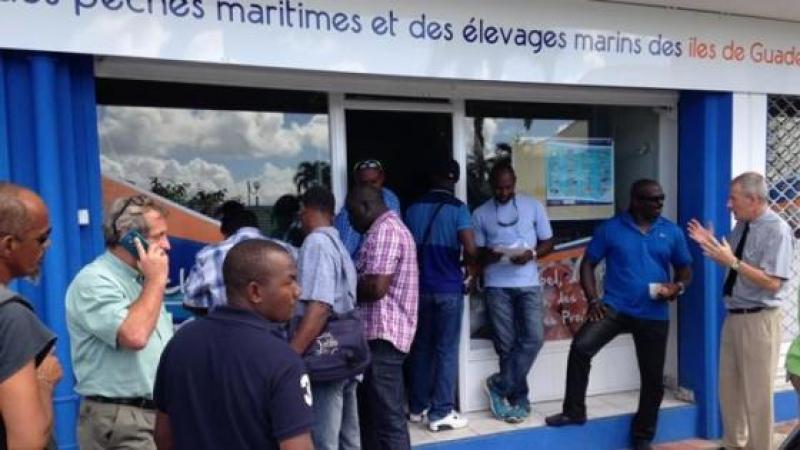CHLORDECONE : 30 000 EUROS POUR QUITTER LA PECHE AUX ANTILLES