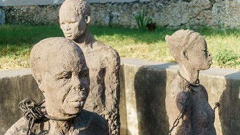 Bois-Caïman : L'UNESCO et le Bénin célèbrent la révolte générale des esclaves d'Haïti