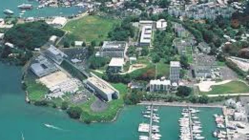 Pour un équilibre des moyens entre les pôles de l'Université des Antilles