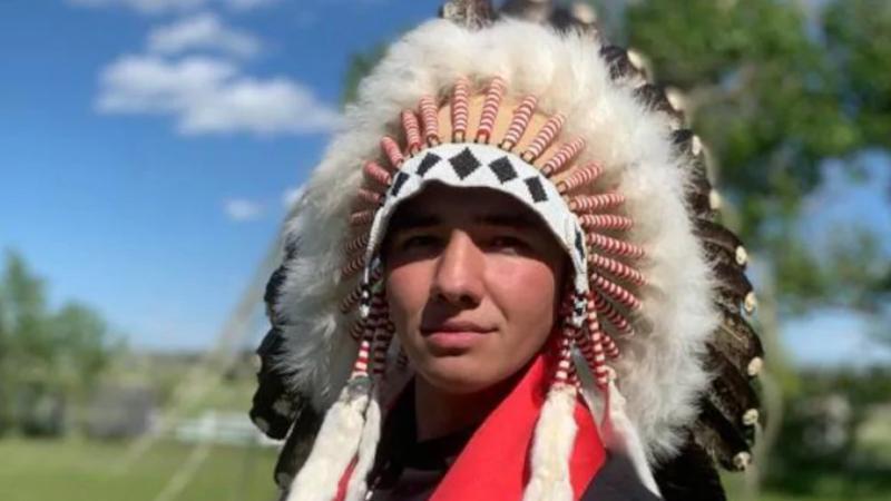 Un Autochtone qui a lutté pour changer le nom des Redmen obtient son diplôme de McGill