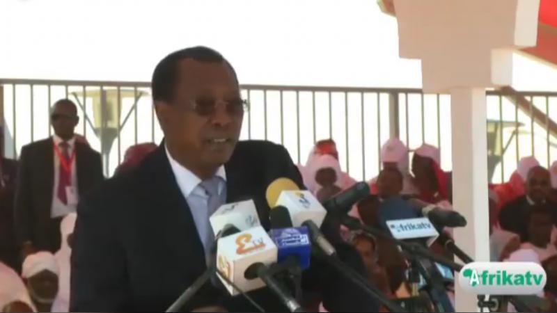 """Le président du Tchad : """"Arrêtez de voler, s'il vous plaît !"""""""
