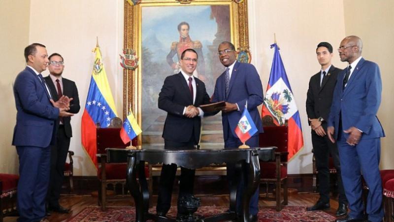 Venezuela et Haïti vont réactiver le programme Petro-Caribe pour financer de nouveaux projets