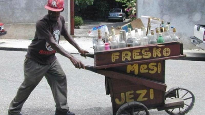 Comprendre le phénomène linguistique du « bouch sirèt » dans le discours des locuteurs haïtiens unilingues créolophones.