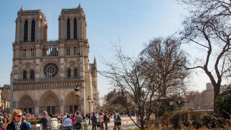 Quasimodo, les misérables et la cour des miracles