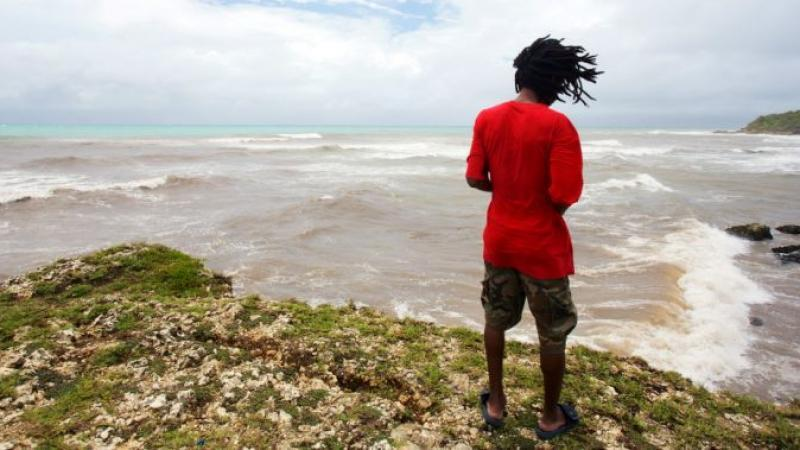 Pourquoi l'Outre-mer ne parvient pas à retenir ses jeunes