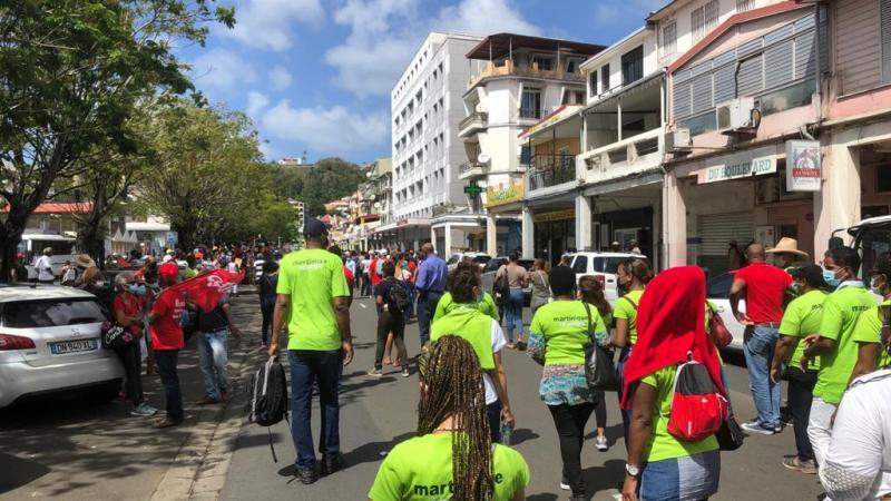 Martinique-Ecologie présente dans la manifestation contre le chlordécone