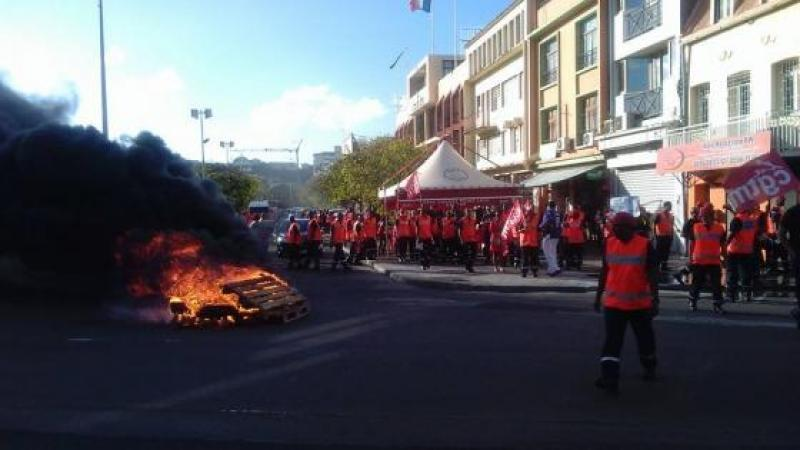 """Pompiers : """"du matériel obsolète depuis des années"""", mais...bouche cousue !"""