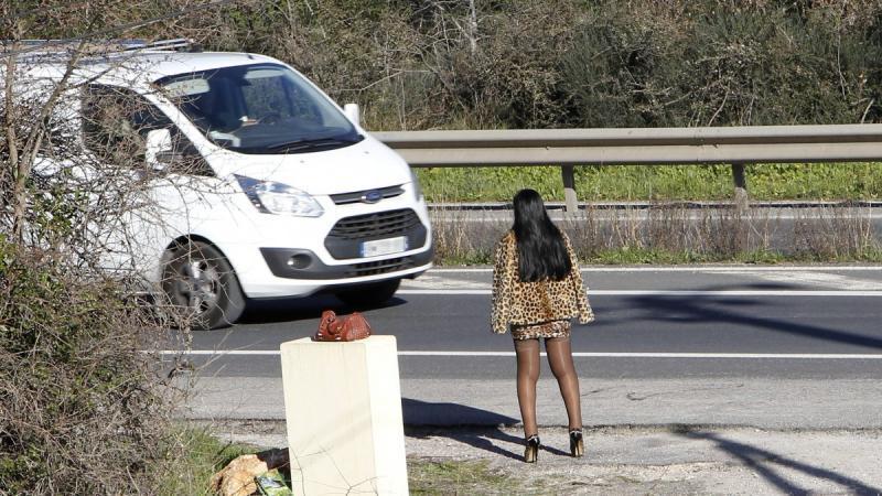 Un pasteur soupçonné d'être à la tête d'un réseau de prostitution à Lyon