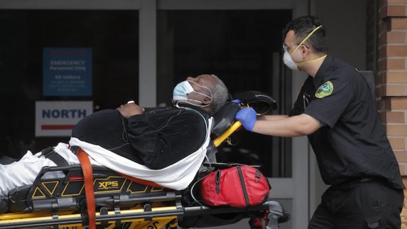 Le coronavirus semble frapper démesurément les Noirs aux États-Unis