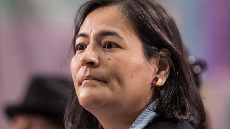 Être autochtone « revient à se promener avec une cible dans le dos », dit Michèle Audette