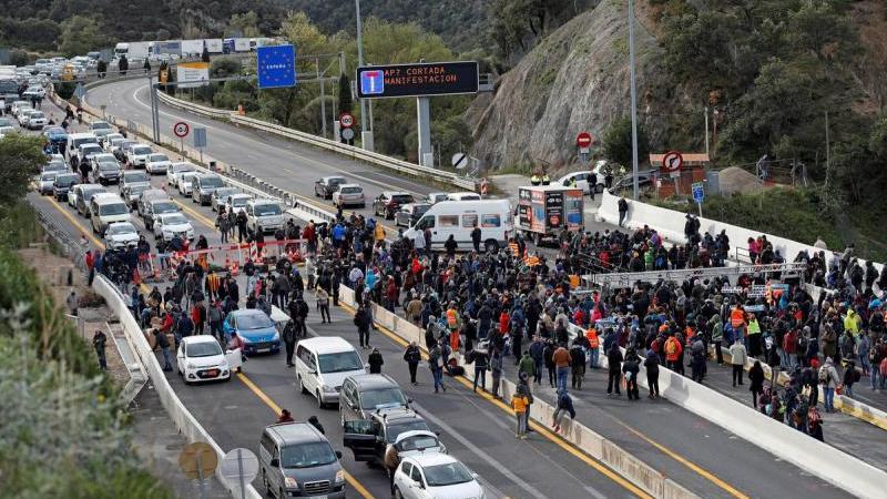 Tsunami convoca a la Jonquera per bloquejar l'accés a l'Estat durant tres dies
