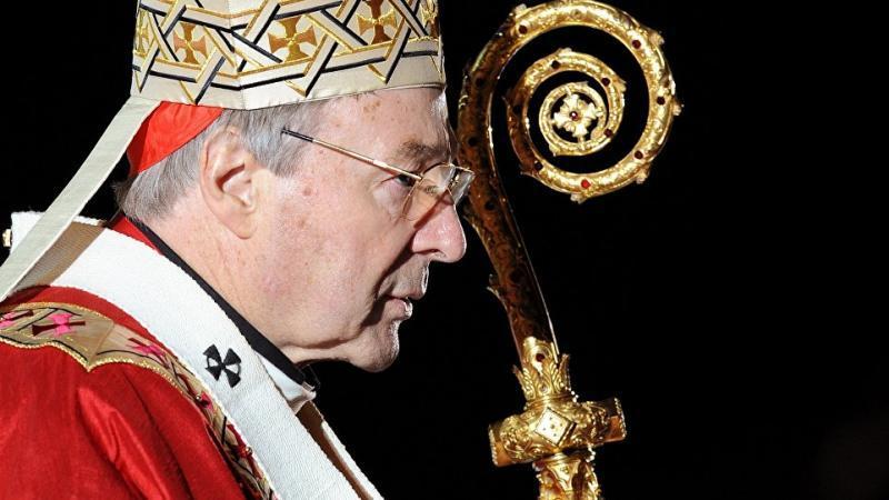 Le numéro 3 du Vatican inculpé pour crimes sexuels sur mineurs