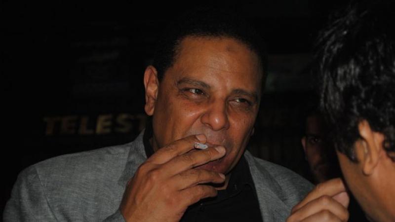 Alaa Al Aswany : « Personne ne peut arrêter une révolution »