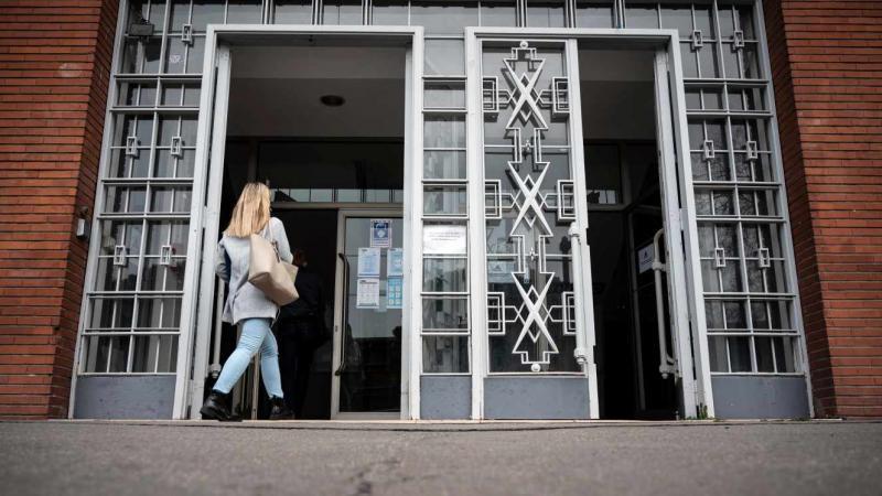 #sciencesporcs, une nouvelle vague de dénonciations de violences sexuelles, cette fois dans les IEP