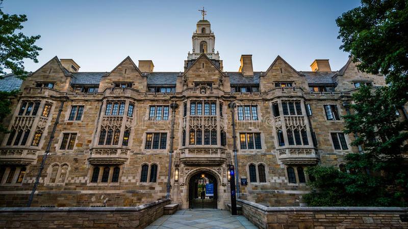 Yale accusée de racisme… anti-blanc