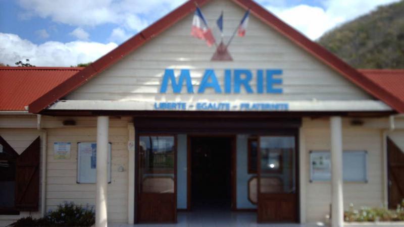Le Maire de Bellefontaine (PPM) recrute illégalement un agent révoqué de la fonction publique