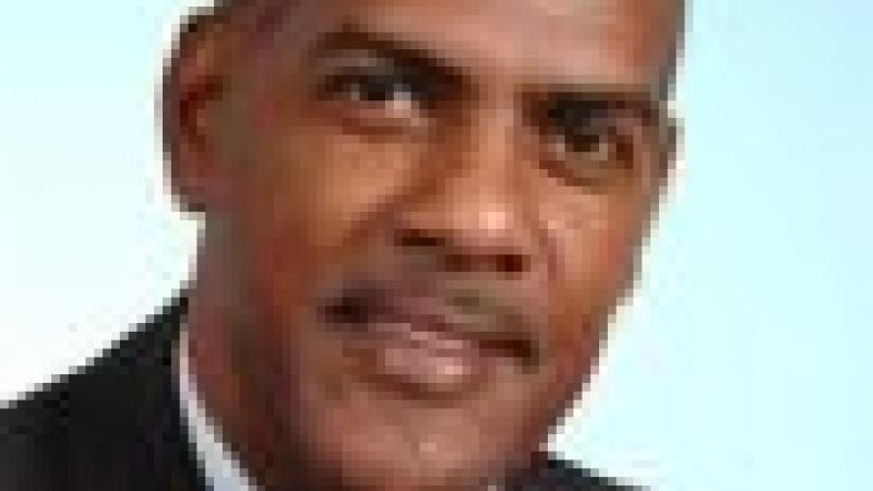 « INSÉRER LA NATION MARTINIQUAISE AU SEIN DU PACTE RÉPUBLICAIN FRANÇAIS… » ÉCRIVENT SERGE LETCHIMY ET LE PPM
