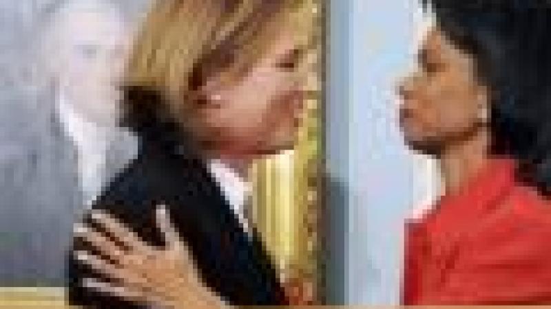 C. RICE (U.S.A) ET T. LIVNI (ISRAEL) SIGNENT UN ACCORD SUR LE CONTROLE DE LA FRONTIERE…EGYPTIENNE