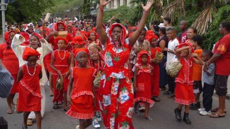 Créolisation et créolité à la Martinique : essai de périodisation