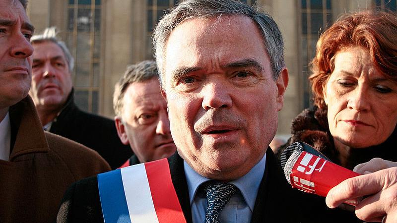 La France croule sous le poids de ses 600 000 élus