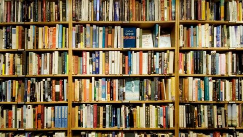 E-BOOKS GO OUT OF FASHION AS BOOK SALES REVIVE